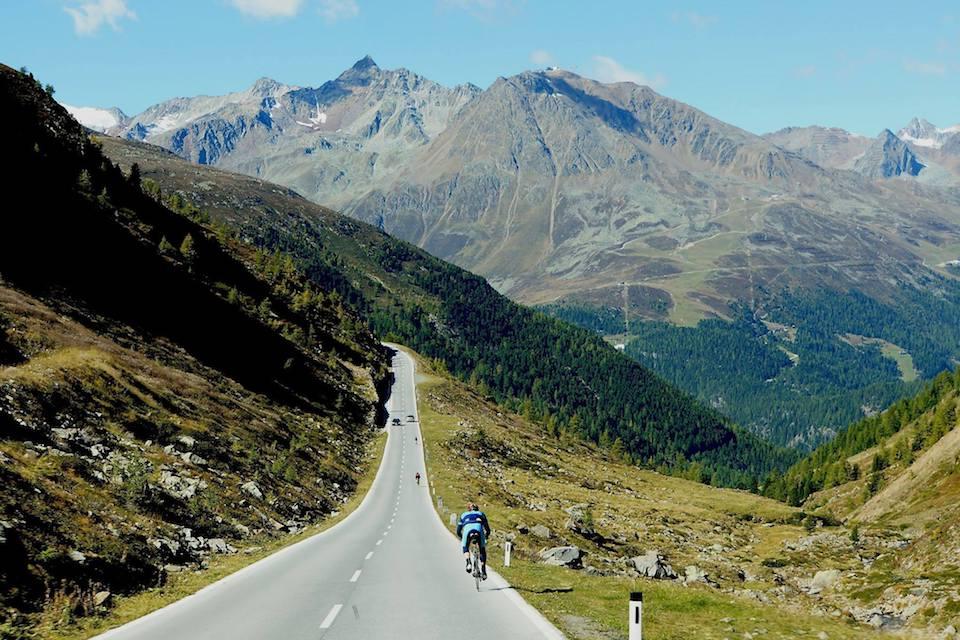 CycloLimo Jiiiiiiihaaaa beloning na een lange klim